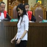 jessica saat menjalani siang putusan di pengailan Jakarta Pusat Kamis (27/10)-Kompas.com.