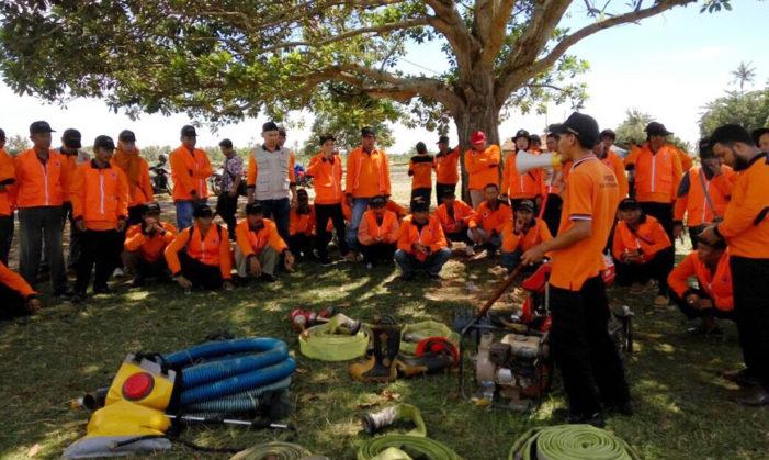 Puluhan Relawan Tangguh Bencana Di Latih