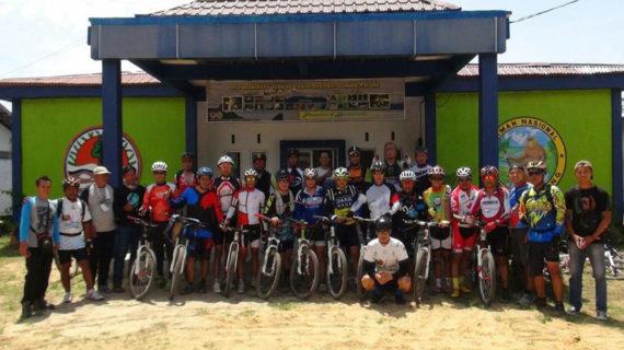 SPTN Wilayah I TNGP Gelar Bersepeda Gunung