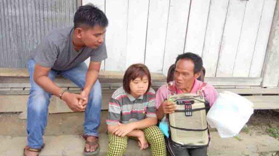 Suara Merdu, Usaha Mengais Rezeki Demi Keluarga