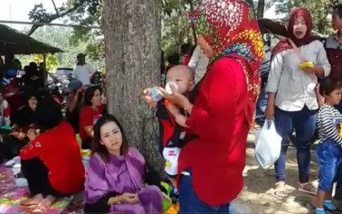 Video: Ribuan Pengunjung Datangi Pantai Pulau Datok