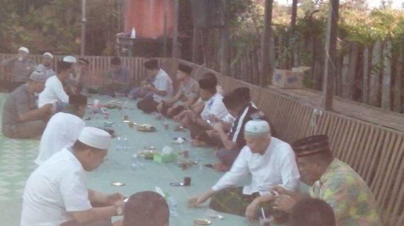 Jalin Silaturahmi, Kapolres Buka Bersama Tokoh Agama H. Uti Konsen