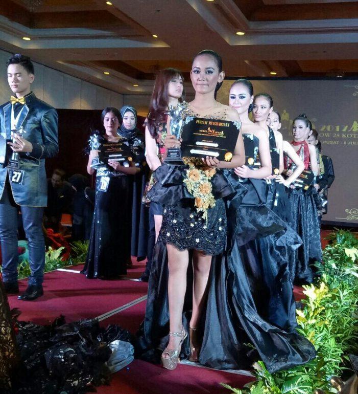 Chiqa Raih Dua Gelar Model Ins 2017 Roadshow Tingkat Nasional