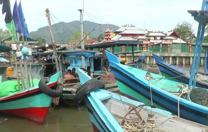 Aktivitas Illegal Fishing Resahkan Warga Pelapis