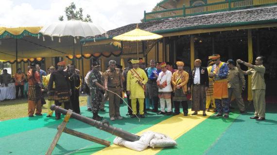 Bupati Diberi Kehormatan Buka Festival Keraton Matan