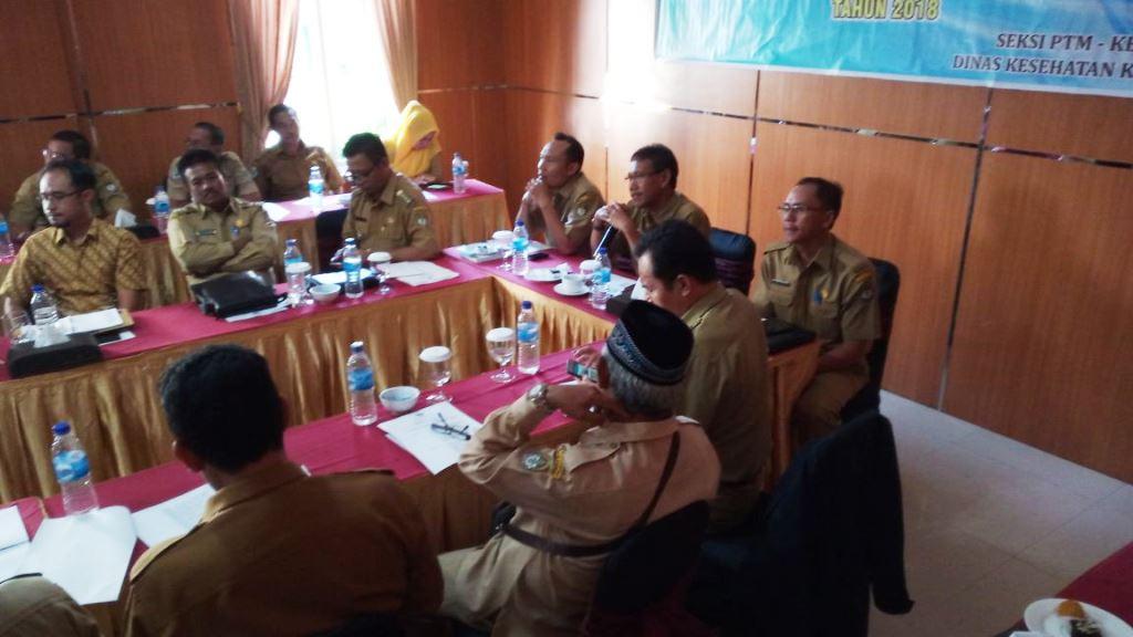 Asisten II Setda Farhan SE M.SI mewakili Bupati Ketapang membuka kegiatan Koordinasi Tim Pelaksana Kesehatan Jiwa Masyarakat di hotel Borneo Ketapang.,,