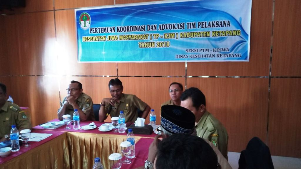Asisten II Setda Farhan SE M.SI mewakili Bupati Ketapang membuka kegiatan Koordinasi Tim Pelaksana Kesehatan Jiwa Masyarakat di hotel Borneo Ketapang