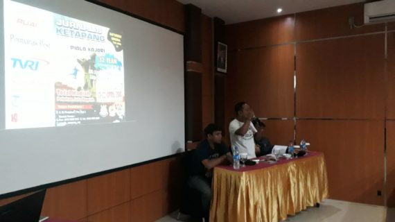 Jurnalis Cup Seri V Futsal Piala Kajari Ketapang Bergulir