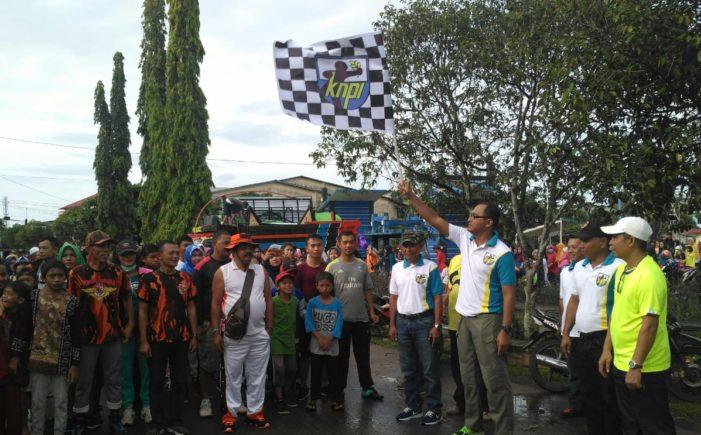 Ribuan Masyarakat Ikut Jalan Sehat KNPI Ketapang