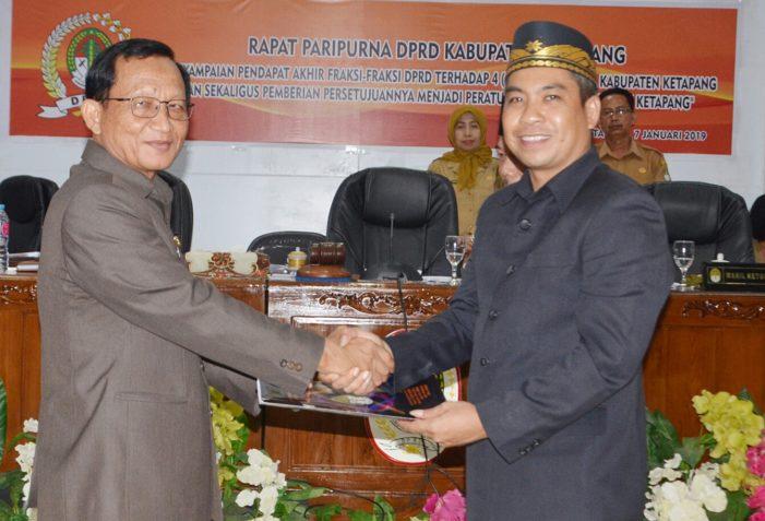 DPRD Ketapang Berikan Persetujuan Penetapan Empat Raperda Menjadi Perda