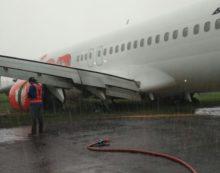 Lion Air Yang Tergelincir Bawa 182 Penumpang