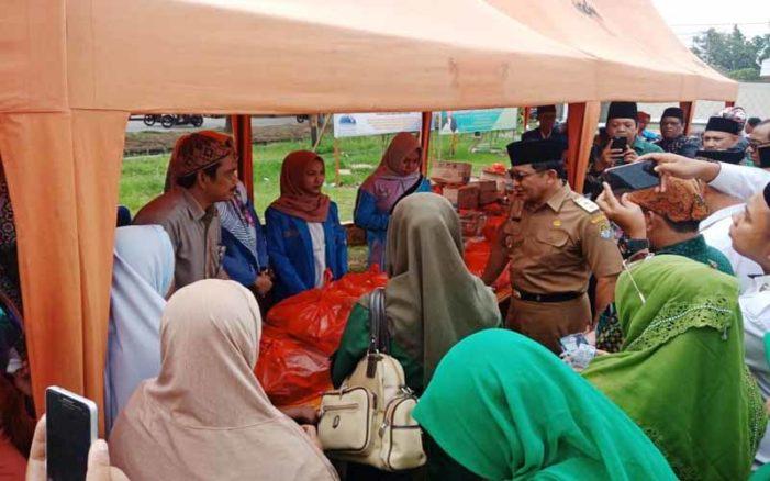 Bulog Ketapang Buka Bazar Sembako Murah