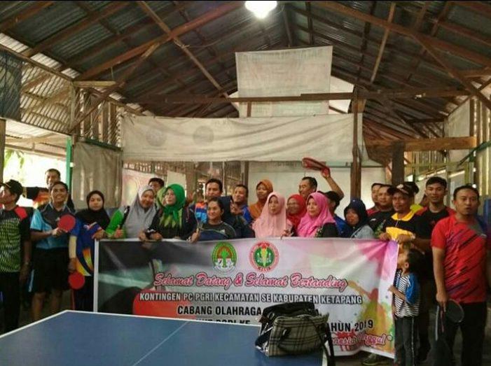 Kejuaraan Tenis Meja Beregu Ramaikan HUT PGRI 2019