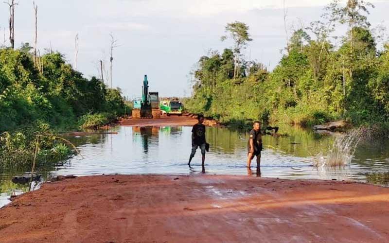 Jalan Sungai Awan Kiri - Tanjung Pura