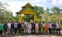 Bupati Kunjungi Makam Raja Tanjungpura