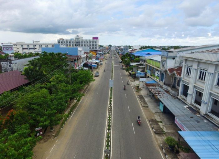 Jalan R.Suprapto Ketapang ( Foto Meri ).
