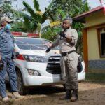 Bupati Ketapang Martin Rantan, SH.,M.Sos meresmikan Pengoperasionalan Mobil Siaga Desa Karya Mukti,
