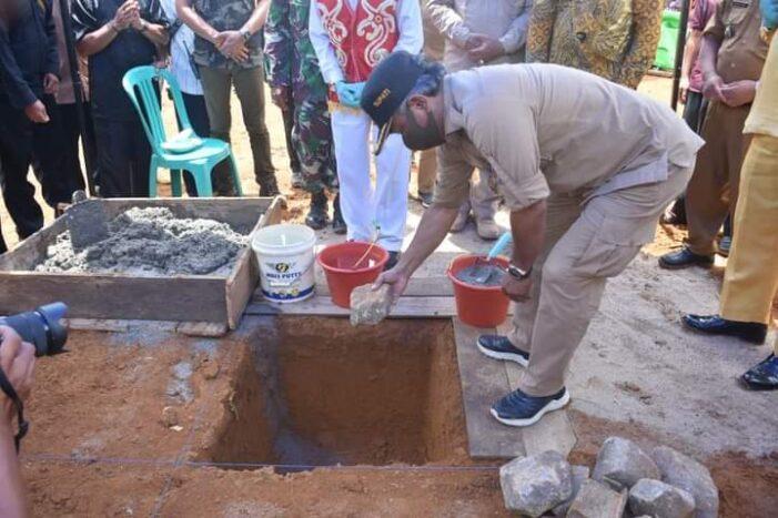 Peletakan Batu Pertama Pembangunan Masjid Sultan Zainudin Sandai