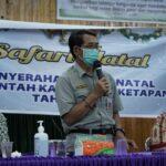 Pj. Sekda Drs. Heronimus Tanam, ME saat kunjungan safari natal.
