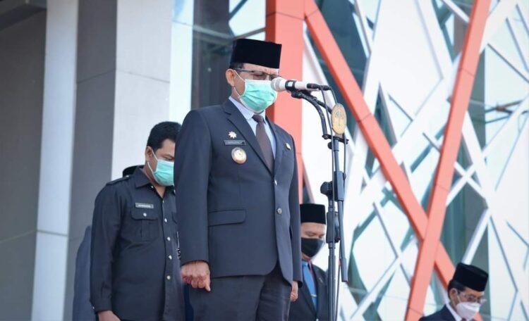 PLT Bupati Insepktur Upacara Peringatan Hari Pahlawan