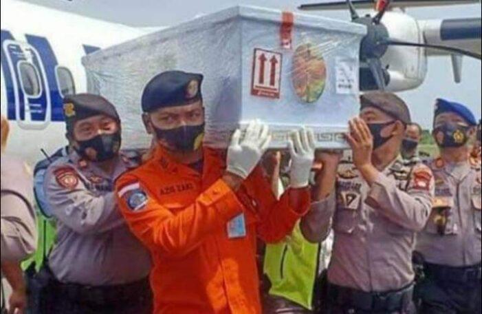 Bupati Ketapang Martin Rantan Sambut Korban Sriwijaya SJ 182