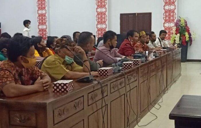 DPRD Fasilitas Sengketa Masyarakat Dengan PT HSL