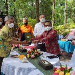Bupati Ketapang, Martin Rantan melakukan kunjungan kerjanya ke Kementerian Lingkungan Hidup dan Kehutanan, guna berkoordinasi terkait pembangunan food estate di Kabupaten Ketapang, pada Selasa (23/3/2021)