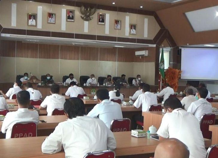 rapat evaluasi vaksinasi Covid-19 di Kantor Bupati, Rabu (7/7/2021).